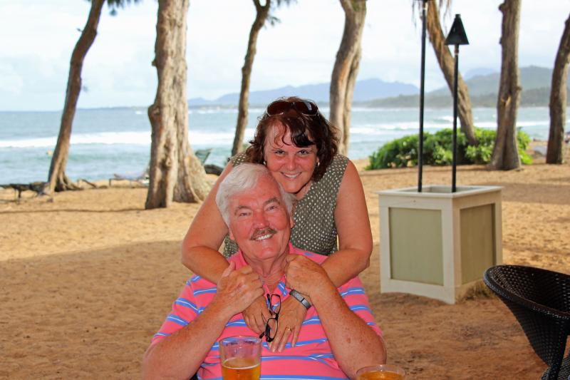 Hawaii Dick and Susan Beach Bar